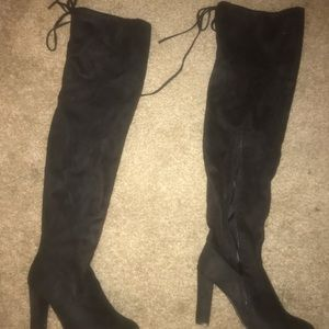 Top moda l Black knee high suede boots